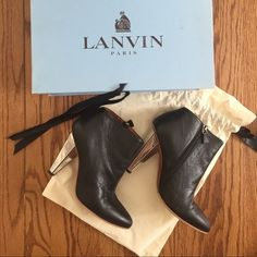 """⚡️50% off SALE-$150⚡️Lanvin ankle booties 4"""" Mirrored heel ankle booties. A classic with a twist. Only worn 3 times total. Re-soled to protect bottom and for grip Lanvin Shoes"""