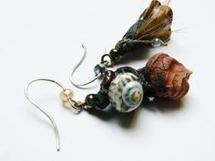 gypsy corail froissé earrings porcelain beads pods bell with