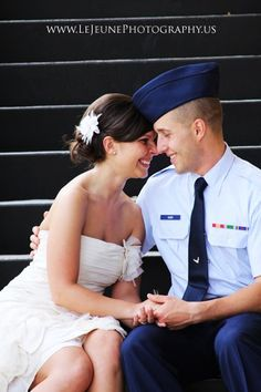 I have thing *thing* for guys in uniform, especially in Air Force uniform, so excuse my wedding pins. ;) A girl can dream!
