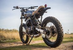 CRD XR600 9 || Seeing quite a few of these XR600 cafe racer mods. I think they look great