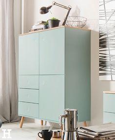 """Das Highboard """"Scan"""" besticht durch sein skandinavisches Design in Kombination mit der Trendfarbe Sage (Salbeigrün). #wohnzimmer #highboard #skandinavisch #möbel #idee #einrichtung #wohnzimmer"""