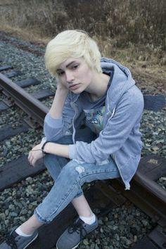 Model posing teen trixie
