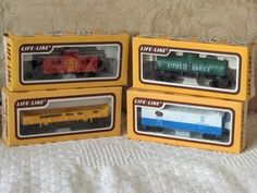 A Junkee Shoppe Junk Market Stop: LIFE LIKE 4 Electric Railroad Train Cars With Caboose ... For Sale Click Link Here To View >>>> http://ajunkeeshoppe.blogspot.com/2015/12/life-like-4-electric-railroad-train.html