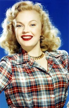 Picture of June Haver Hollywood Star, Old Hollywood Glamour, Golden Age Of Hollywood, Vintage Hollywood, Classic Hollywood, June Haver, Film Musical, 1950s Women, Carole Lombard