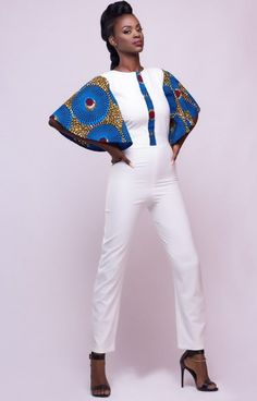 Encore une collection d'une marque ghanéenne plus que réussie: il s'agit de la collection «En avant», Printemps Eté 2016 de la marque Afro Mod Trends. Cette marque de luxe créée en 2011 s'appuie sur les codes de la mode occidentale pour proposer des vêtements féminins et chics ou des textiles propres à l'Afrique ont leur ...