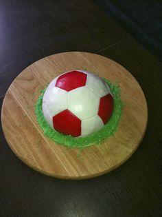 Caketown: Tort piłka