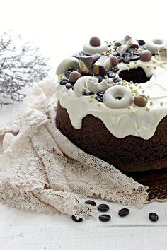 Fluffosa al caffè e cacao Sweet Bakery, Angel Cake, Cake Photography, Chiffon Cake, Mini Desserts, Cacao, Pinterest Recipes, Something Sweet, How To Make Cake