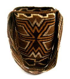 Beautiful handmade mochila Arhuaca. Free US by HandmadeGreenTrade