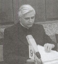 A young Joseph Ratzinger - Fonte: Les archives du Forum Catholique