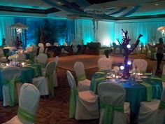 Giovanni O's Quinceañera / Under the Sea/Beach - Mitzie Sweet 16 at Catch My Party Under The Sea Theme, Under The Sea Party, Under The Sea Decorations, Underwater Theme, Dance Themes, Quinceanera Themes, Prom Decor, Sweet 16 Parties, Sweet 16 Birthday