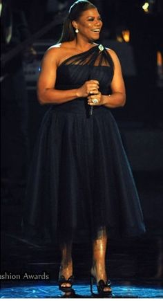 Queen Latifah - this length dress looks great on her. Never met the Queen, probably never will, still believe whoever her life partner is or will be, is a very lucky person . . .