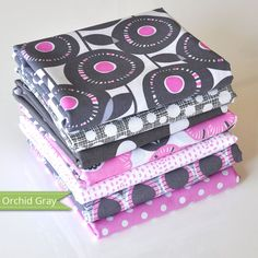http://www.plushaddict.co.uk/fq-bundle-cottons-orchid-gray-7-fabrics.html FQ Bundle Cottons: Orchid Gray, 7 Fabrics