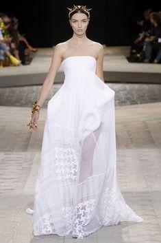 Givenchy Fall 2009 Couture Fashion Show - Mariacarla Boscono (Viva)