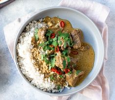 A creamy coconut curry with fragrant spices & tender beef Healthy Dinner Recipes, Real Food Recipes, Vegetarian Recipes, Lamb Recipes, Gf Recipes, Family Recipes, Healthy Meals, Healthy Eating, Coconut Beef Curry