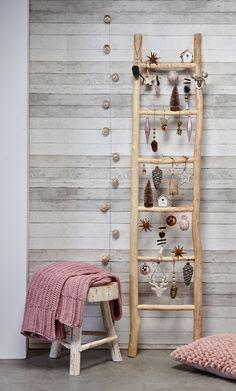 Kerstartikelen Kerstartikelen - New Ideas Elf Christmas Decorations, Christmas Crafts, Diy Wall Decor, Bedroom Decor, Bedroom Signs, Bedroom Ideas, Master Bedroom, Winter Home Decor, Theme Noel
