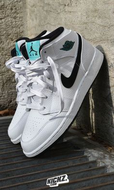 Who Finna Cop? The Air Jordan 1 GG in a mix of black and white with hyper jade accents. Cute Nike Shoes, Cute Sneakers, Nike Air Shoes, Shoes Sneakers, High Sneakers, Jordan Shoes Girls, Air Jordan Shoes, Girls Shoes, Jordan Outfits