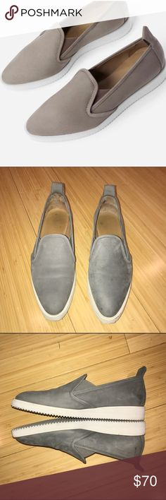 EVERLANE Nubuck Street Shoes EUC grey Everlane Nubuck Street shoes. Lightly worn..too small for me :/ really great shoes and I'm sure if they fit they'd be very comfy! I'm an 8.5/9/eu 39 and I would say these are one size too small for me. This size is sold out 🙀 Everlane Shoes Flats & Loafers
