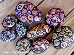 How to hand paint paisley stones!