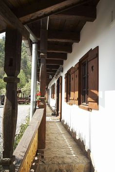 House Built, Wooden Flooring, Traditional House, Bed And Breakfast, Old Houses, Sweet Home, Cottage, Exterior, House Design