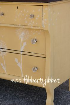 Miss Mustard Seed's Milk Paint.. Mustard Seed Yellow mixed with Ironstone. Hand painted dandelion decoration using Ironstone. Top finished with Curio stain and Hemp Oil.