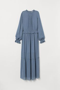 Long dress in an airy, woven fabric with shimmering dots in glittery thread. Opening at back of neck with button, small collar with ruffle, long sleeves, an Muslim Fashion, Modest Fashion, Hijab Fashion, Fashion Dresses, Hijab Stile, Modest Dresses, Dresses With Sleeves, Chic Dress, White Fashion