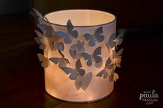 Scrapbooking With Tubo! Paula Pascual's lampshade made using the Sizzix Big Shot Starter kit Bigz die Cool Paper Crafts, Candle Lamp, Candles, Shots Ideas, Butterfly Mobile, Cute Christmas Gifts, General Crafts, Ceiling Decor, Paper Lanterns
