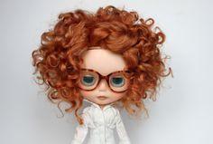 Q! It's an auburn-haired mini-me!