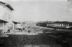 Rua do Brás in São Paulo; today it's Avenida Rangel Pestana and continues that large. Photograph by Militão Azevedo in 1862.