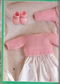 """Photo from album """"Especial Bebes on Yandex. Knitting For Kids, Baby Knitting Patterns, Baby Patterns, Crochet Lace Edging, Crochet Baby, Baby Sweaters, Girls Sweaters, Baby Boy Jackets, Baby Barn"""
