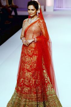 Esha Gupta for Adarsh Gill at Aamby Valley India Bridal Fashion Week, 2013 http://www.fdci.org/Member.aspx?mid=2120588101 - India Today