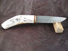 scrimshaw von Gele Schloetmann, keltischer Hund auf Messer