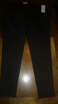 Michael Kors NWT Black Pants. Size 16W. Retails for $99.50 Jegging/Tights Style.