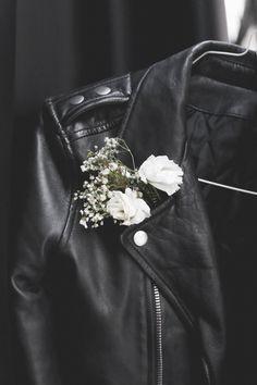 "pa-s-sion: ""http://pa-s-sion.tumblr.com "" Sirius Black, Grunge Wedding, Punk Wedding, Rocker Wedding, Dream Wedding, Rockabilly Wedding, Wedding Night, Boho Wedding, Rock And Roll"