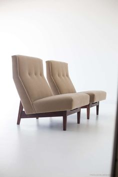 :::  Jens Risom Lounge Chairs for Jens Risom Design Inc. image 6 Farmhouse Dining Chairs, Leather Dining Room Chairs, Accent Chairs For Living Room, Used Chairs, Cool Chairs, Lounge Chairs, Retro Furniture, Sofa Furniture, Wooden Adirondack Chairs