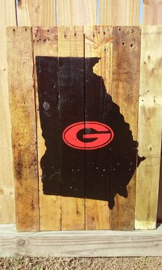 On Going Sell: 20% on the entire shop Code: bella20 Georgia Pallet Sign (Black/Red Natural) Hand Painted-SportsFootball-UGA-Georia-Upcycle #uniquegift #sell
