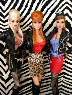 I wish my barbies looked like this. Lol.