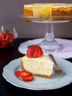 New York cheesecake - ZEINAS KITCHEN Pudding Desserts, Cookie Desserts, Gluten Free Desserts, Dessert Drinks, Dessert Bars, Dessert Recipes, Mango Desserts, Grandma Cookies, Kolaci I Torte