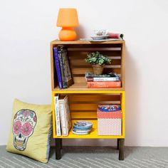 Mesa de Caixotes Amarela! - Tadah! Design