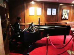 Melbourne pianist Calvin Leung, performing some light classical, jazz and contemporary & modern music