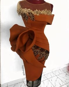 Image may contain: one or more people, people standing and shoes African Lace Styles, African Lace Dresses, Latest African Fashion Dresses, African Print Fashion, Ankara Styles, Nigerian Lace Dress, New Designer Dresses, African Traditional Dresses, Elegant Prom Dresses