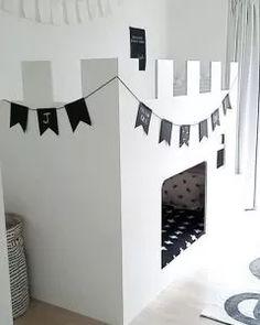 DIY le lit chateau fort pour la chambre a partir du lit pour enfant IKEA hack D'autres jouets pour bebe => http://amzn.to/2nK8lcv