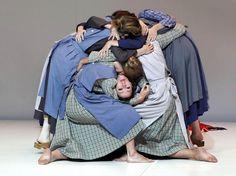Mise en scène Two Works by Romeo Castellucci - Grants & Grantees - The Pew Center for Arts & Heritage Romeo Castellucci, Tableaux Vivants, Dance Poses, Modern Dance, Dance Pictures, Dance Art, Dance Photography, Artist, Women
