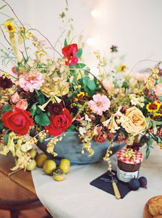Fall holiday bridal shower inspiration | Photo by  Jessica Burke | Read more - http://www.100layercake.com/blog/?p=82712
