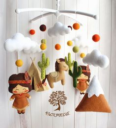 One Felt Peanuts Characters Ceiling Mobile Craft Doll Decoration Snoopy Charlie Brown Baby Mobiles Hanging Peanuts Nursery Anniversary Can Mobile Craft, Felt Mobile, Felt Crafts, Diy And Crafts, Fabric Crafts, Tribal Nursery, Baby Presents, Baby Crib Mobile, Hanging Mobile