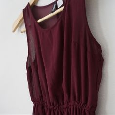 H&M Maroon Chiffon Dress sleeveless chiffon dress in maroon from h&m. very pretty and comfortable. worn couple times and still in a very good shape H&M Dresses Mini