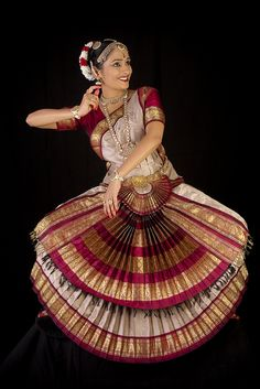 Bharatanatyam: A Classic by sindhoor, via Flickr