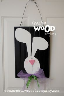 I made this and it is SOOOO cute hanging on my front door!
