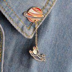 Galaxy Saturn Planet Astronaut Rabbit Brooch Pins With Chain Shirt Collar Accessories