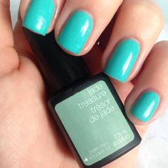 For a spring time manicure, try Jade Treasure! #SensatioNail