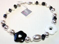 Collana  Black and White  Agata Bianca e Agata di jewelrysoutache, €25.00